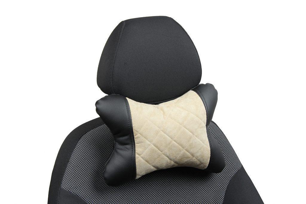 Подушка под шею из алькантары с ромбом «черный+бежевый»
