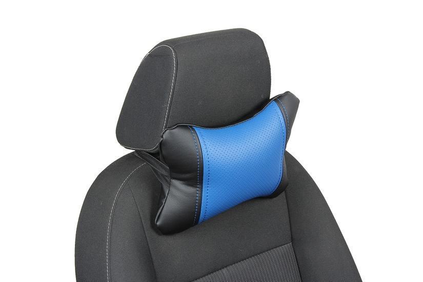 Подушка под шею из экокожи «черный+синий»