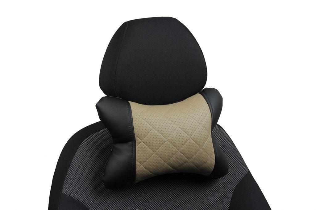 Подушка под шею из экокожи с ромбом «черный+темно-бежевый»
