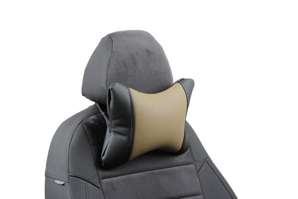 Подушка под шею из экокожи «черный+темно-бежевый»
