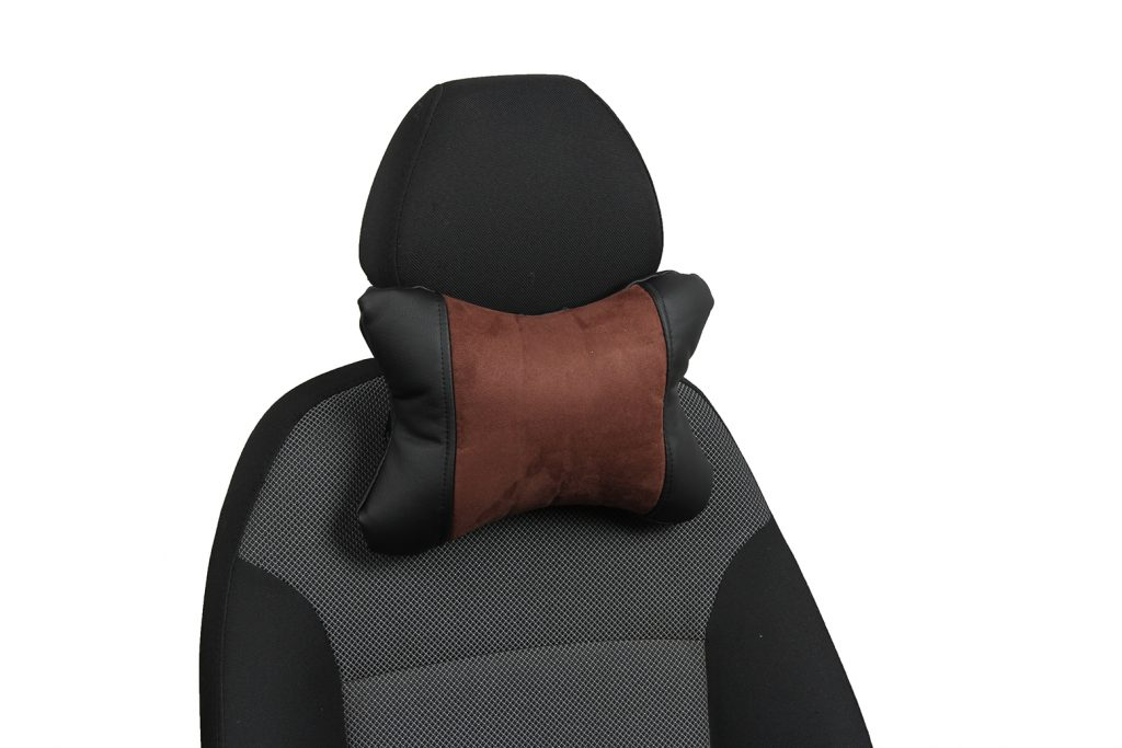 Подушка под шею из алькантары «черный+шоколад»